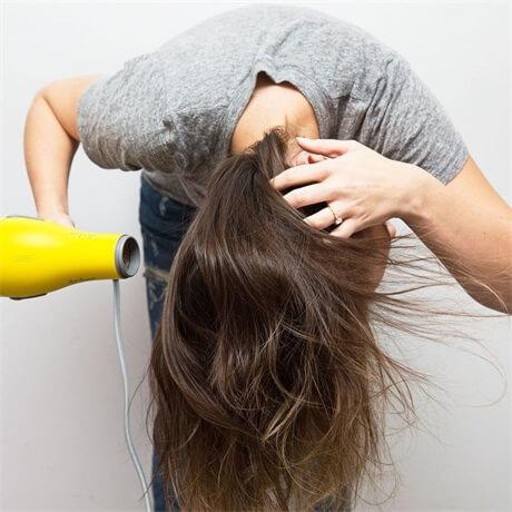 blow-dry-hair-upside-down
