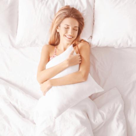 sleep-with-silk-pillowcase