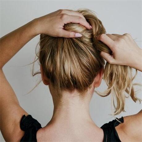twist-hair-up