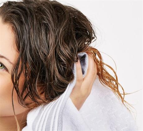use-a-microfiber-towel-dry-hair