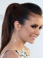 Straight ponytail